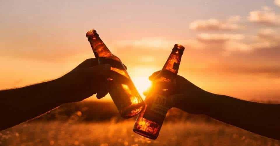 De mythe van het slaapmutsje; alcohol en slaap